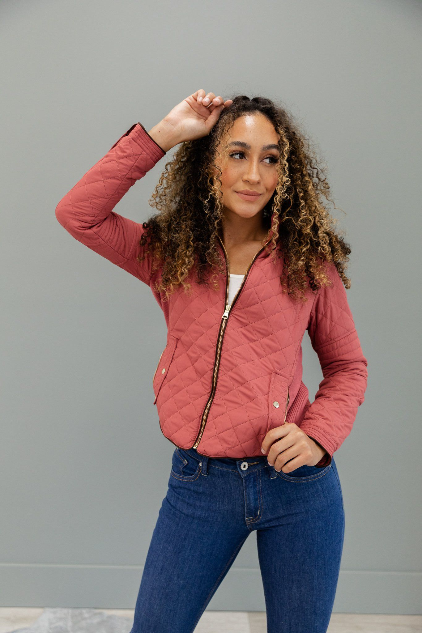 Pin By Poppy Dot On Poppy Dot Outerwear Lightweight Quilted Jacket Quilted Jacket Fashion [ 2048 x 1365 Pixel ]