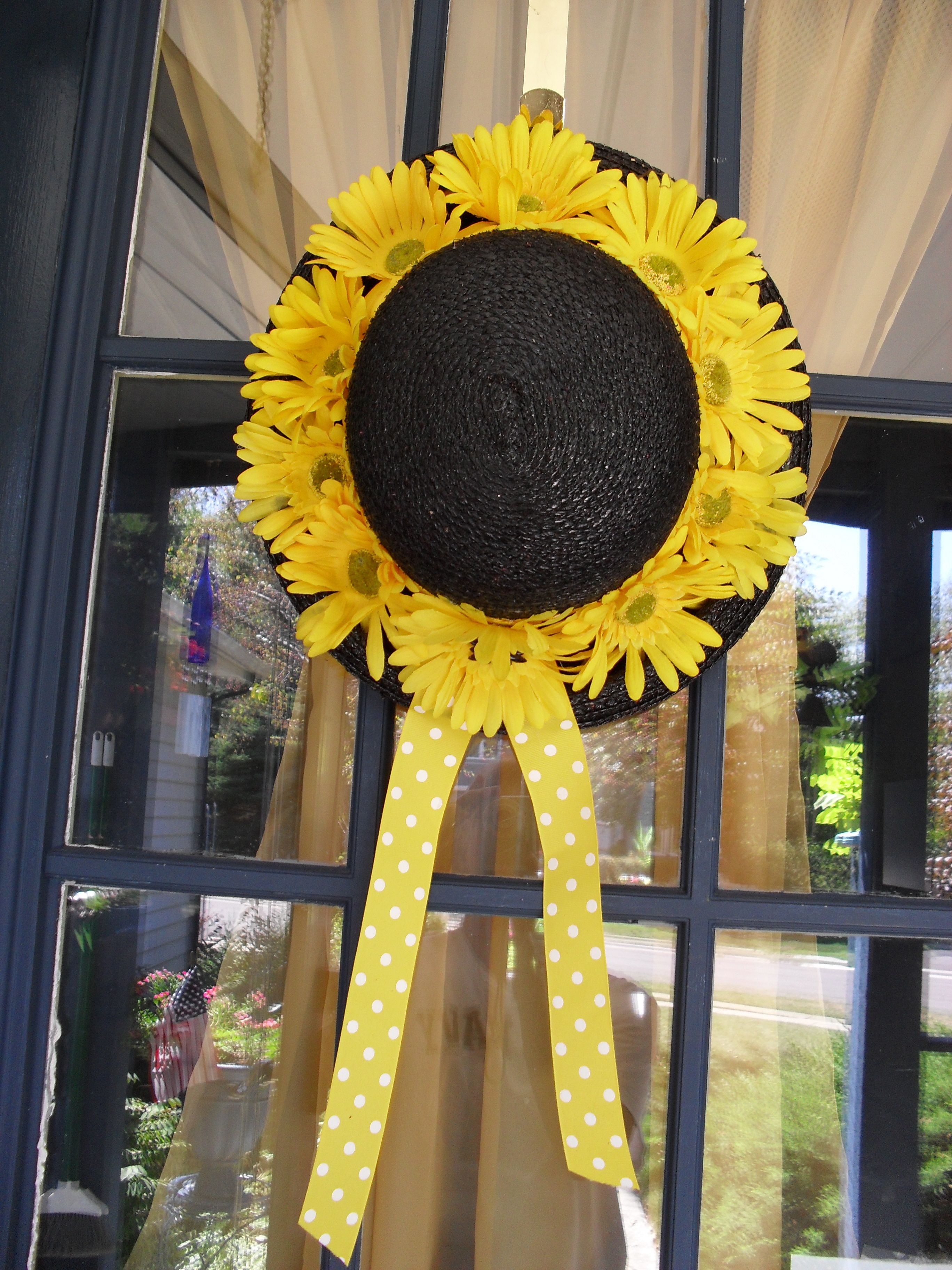 Sunflower Hat Fall deco, Halloween wreath, Sunflower hat