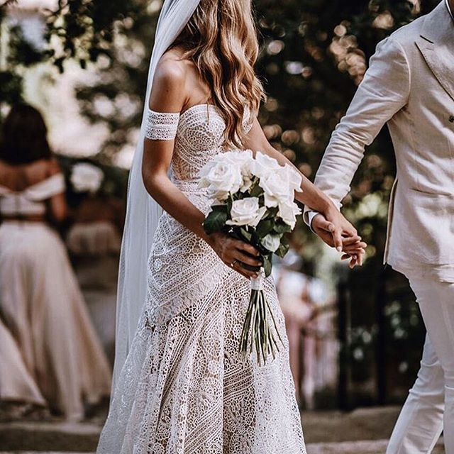 Vintage Wedding Dresses Bay Area: Byron Bay Wedding Stationery