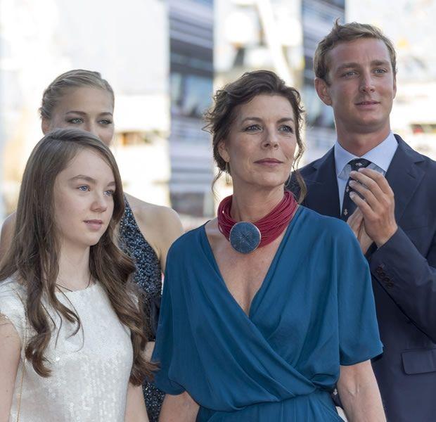 Carolina, princesa de Hannover y de Mónaco - Página 6 Af646095704495076fc3120d73957d94
