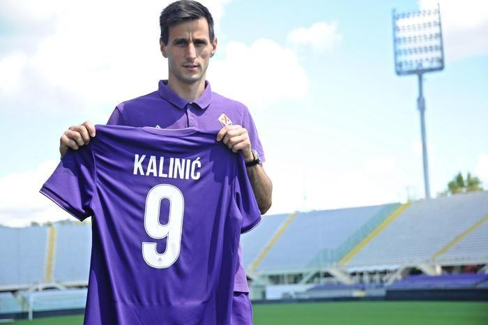 """Fiorentina, ecco Kalinic: """"Mi ispiro a Drogba e Ibrahimovic. Non ho paura e sono sicuro di fare bene"""" - http://www.maidirecalcio.com/2015/08/19/fiorentina-ecco-kalinic-mi-ispiro-a-drogba-e-ibrahimovic-non-ho-paura-e-sono-sicuro-di-fare-bene.html"""