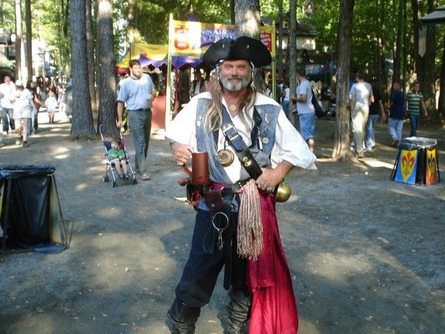 Simple Ways To Create Your First Renaissance Faire Costume