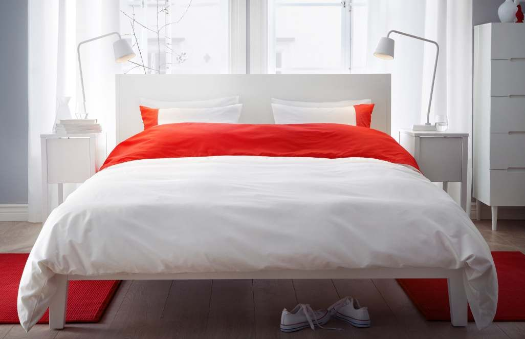 red white bedroom -- ikea | bedrooms | pinterest