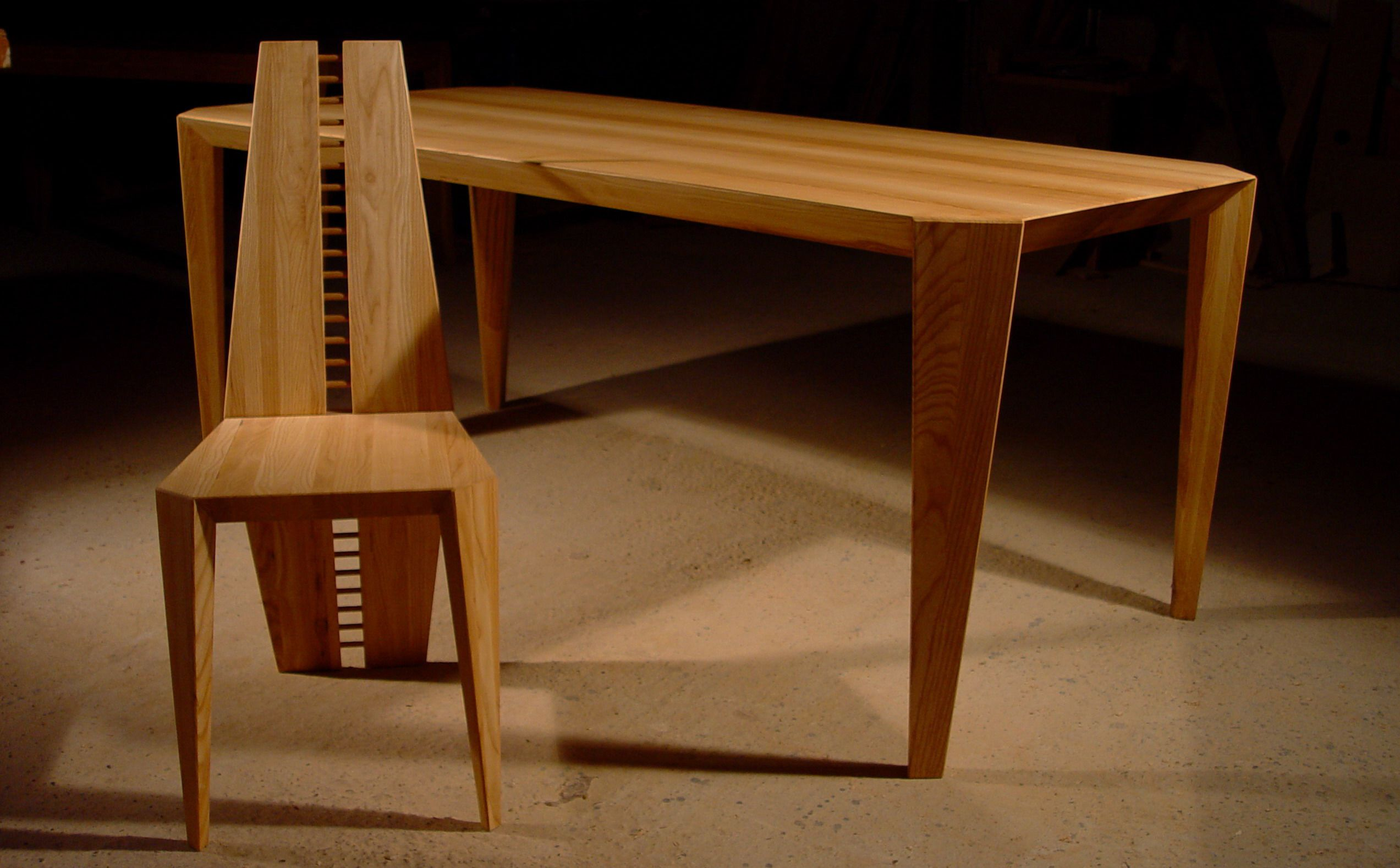 Origami table and chair