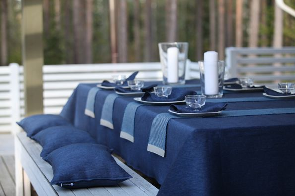 You can set a festive table also on your terrace, juhlakattauksen voi tehdä myös terassille. By Pisa Design.
