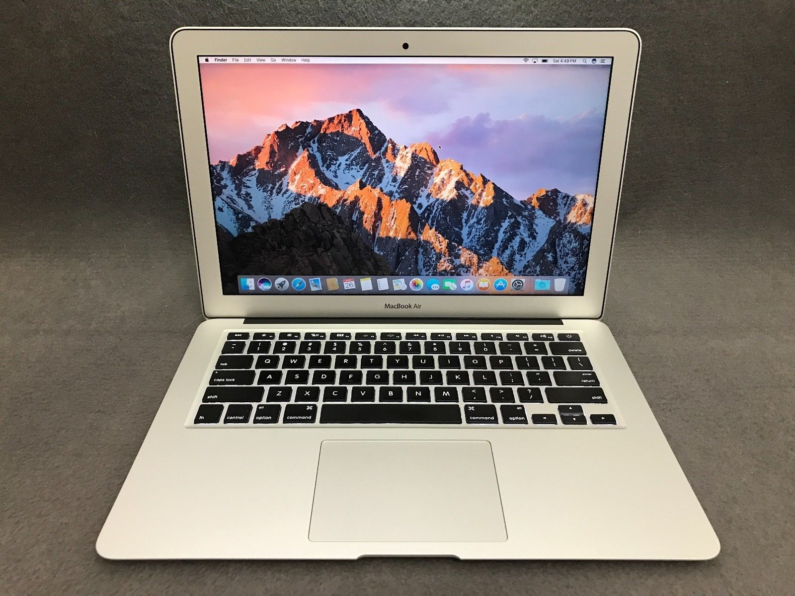 "Apple MacBook Air A1466 13 3"" Laptop MJVE2LL A March 2015 1 6GHz"