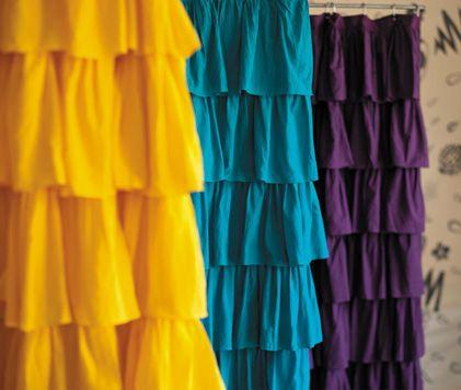 Ruffled Shower Curtain Im Planning To Make A Purple One For My Bathroom Hooray The Ruffler Foot