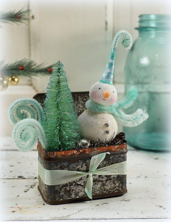 Snowman+//+Christmas+Decor+//+Folk+Art+//+by+CatandFiddlefolk