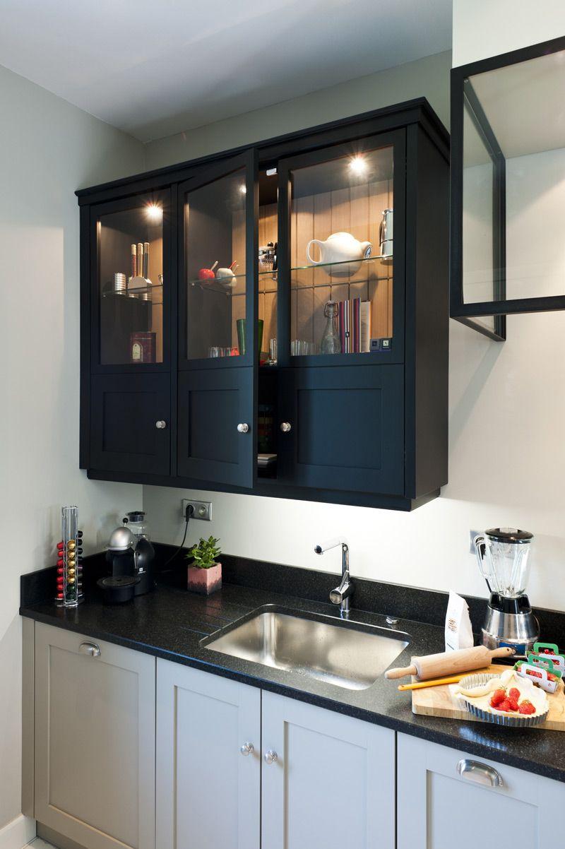 Une cuisine sur mesure dans un petit espace ambiance atelier cuisines malegol cuisine - Creer une cuisine dans un petit espace ...
