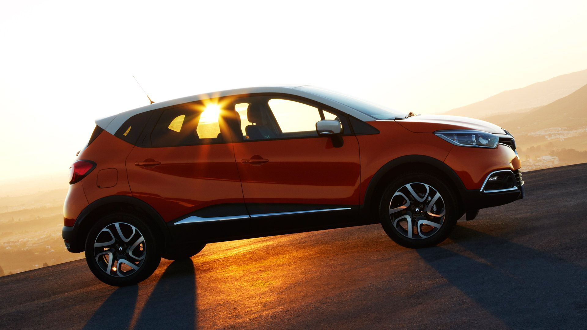Renault Captur Il Primo Urban Crossover Renault Sunset
