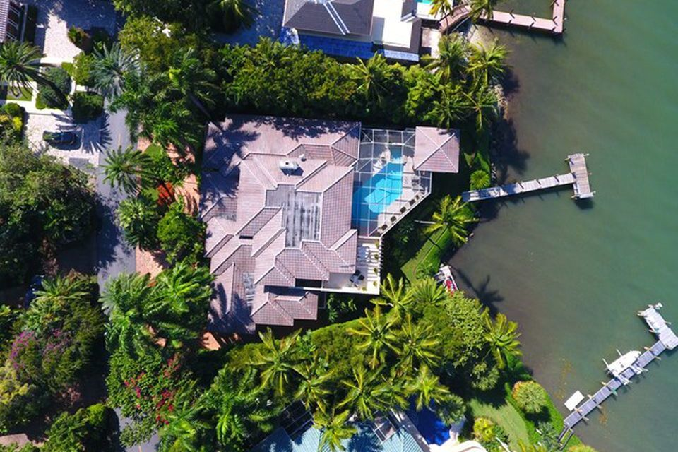 Tour Kathie Lee Gifford S Glam 10 5 Million Florida Oceanfront