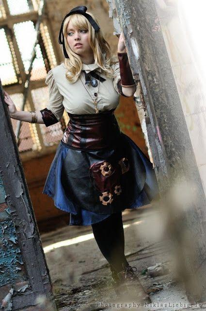 Le portrait de la rose.: Cosplay Alice in Wonderland!!