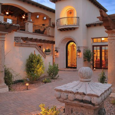 Spanish courtyards homes design ideas pictures remodel for Courtyard renovation ideas