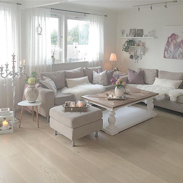50 Master Bedroom Ideas That Go Beyond The Basics: #Repost @maritas_blomster. Dubai Salongbord Fra