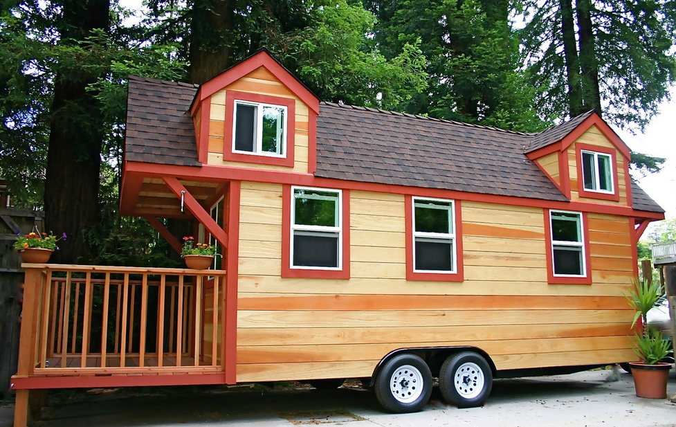 Tiny House On Wheels For Sale Used Material Brown Wooden Wall With Dark Brown Roof Tiny House Trailer Best Tiny House Tiny House