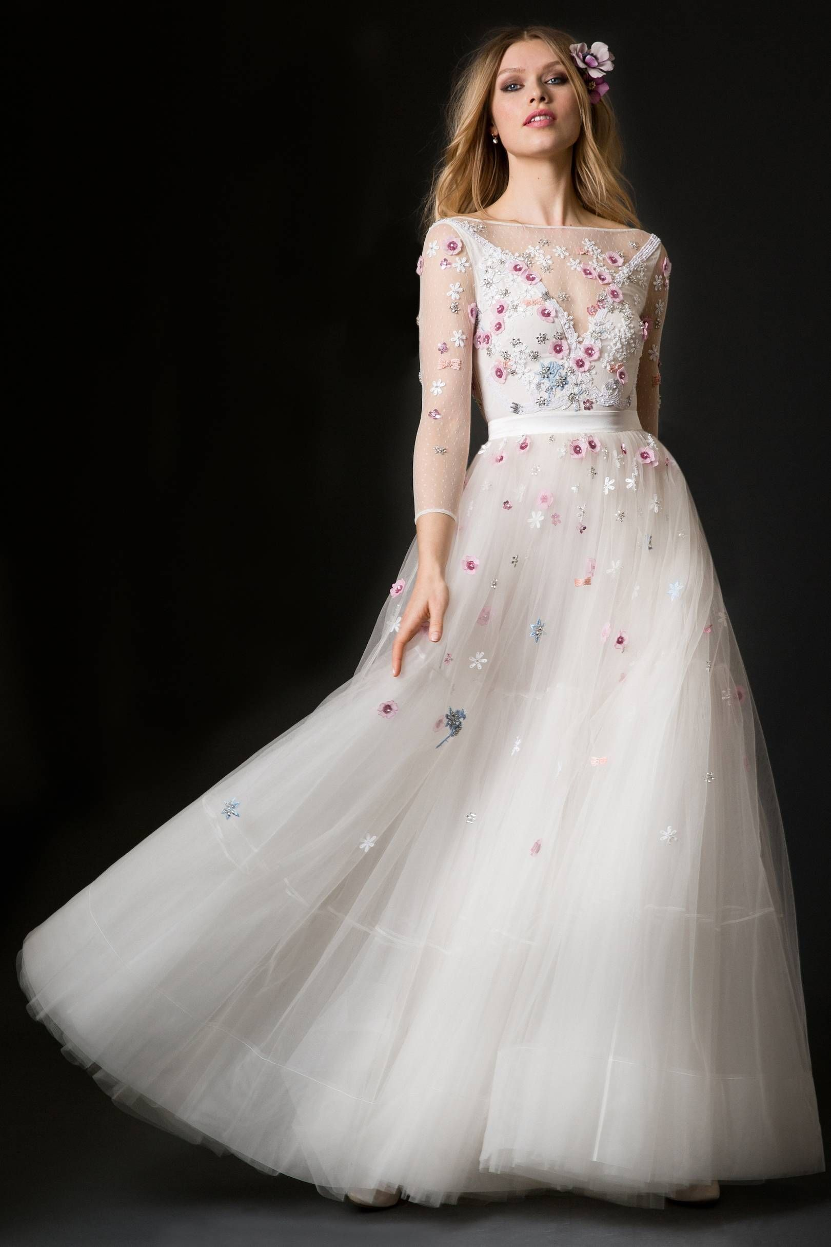 28 Floral Wedding Dresses Perfect for a Spring Wedding