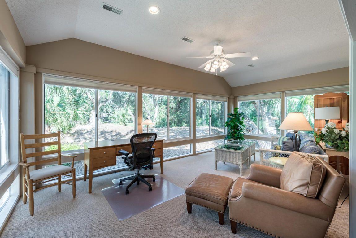 2 bedroom, 2 bath UPDATED villa w/ an open living/dining room w ...