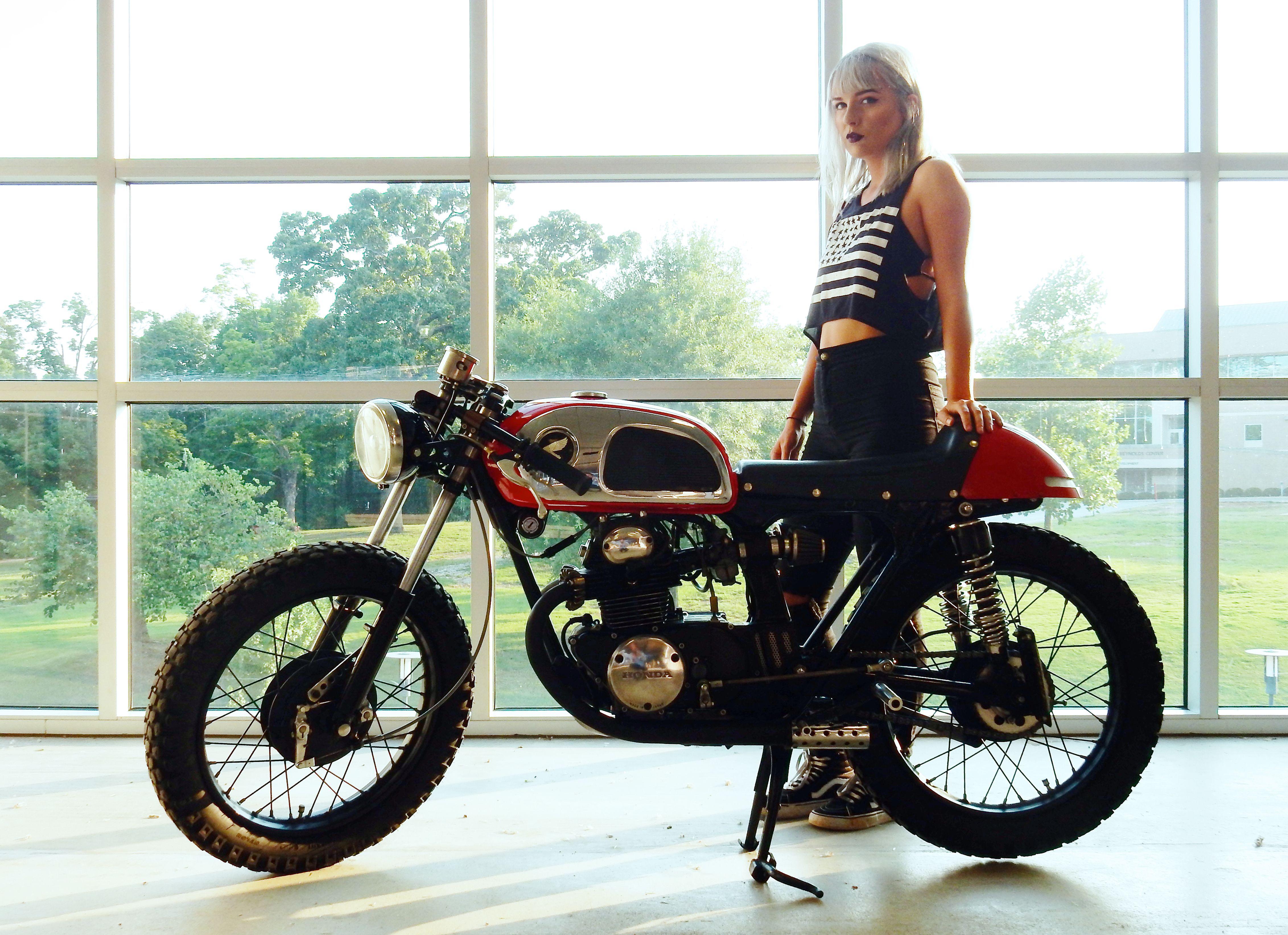 Moi A 1972 Honda Cb175 K6 Cafe Racer Caferacer Vintagemotorcycle Womenwhoride