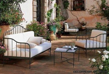 Muebles de jard n diferentes estilos y materiales for Muebles de jardin de hierro forjado