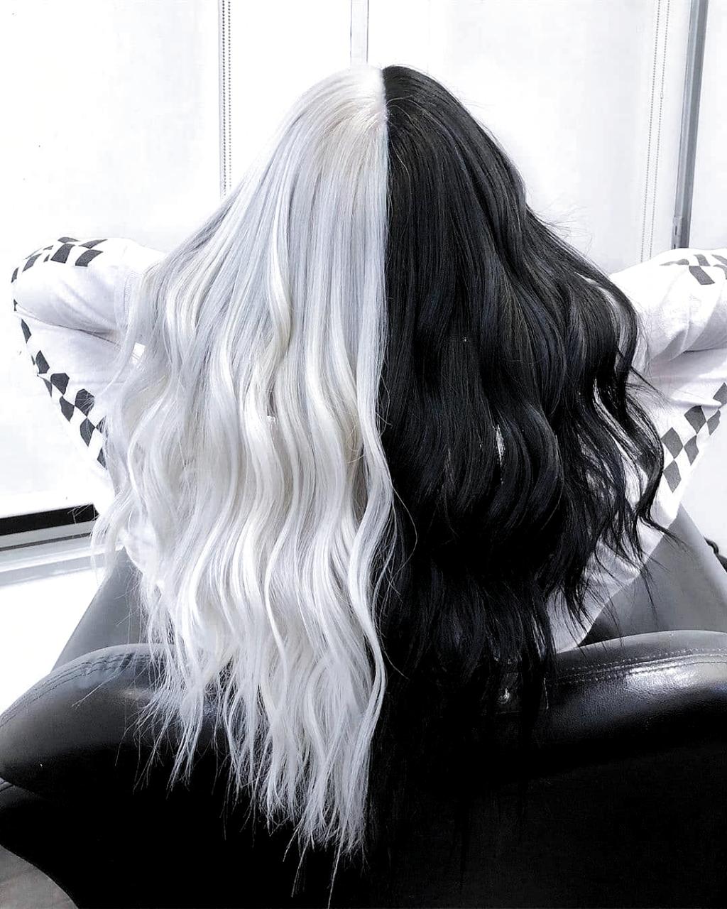 Pin By Piuugh On Hair Hair Styles Split Dyed Hair Hair Dye Colors