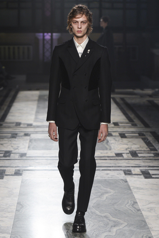 Alexander mcqueen fall menswear fashion show mcqueen and fall