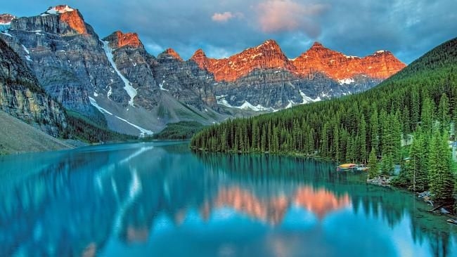 Great holiday deals brought you by Escape: Canada.  Scenic has launched its 2016 Canada, Alaska & USA program and offering free return flights to Canada (including taxes) on selected tours. Take in Vancouver to Jasper, Lake Louise, Banff, Sun Peaks, Whistler and Victoria before boarding the Ruby Princess in Seattle for a seven-night Alaskan cruise.