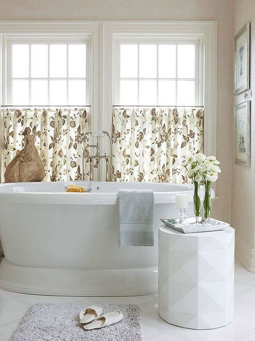 Bathroom Window Cover For Providing Privacy and Beautifying The ...