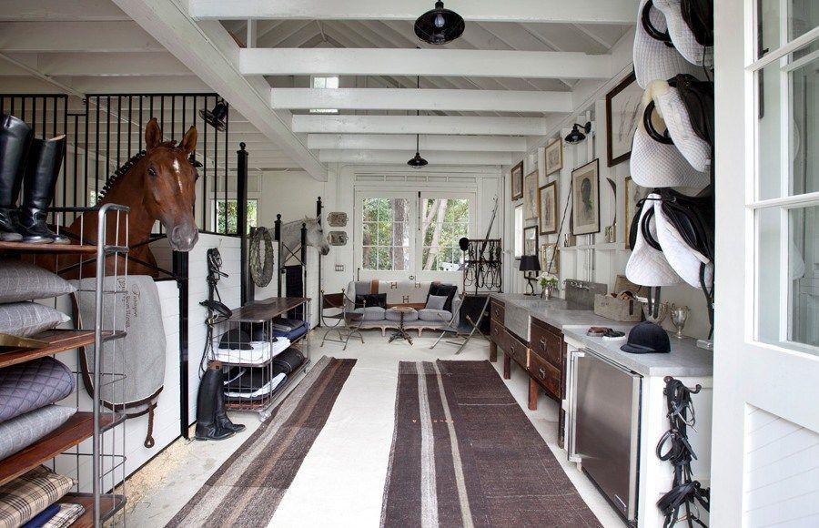Dream Barns Windsor Smith Invente Le Cheval D Interieur Dream