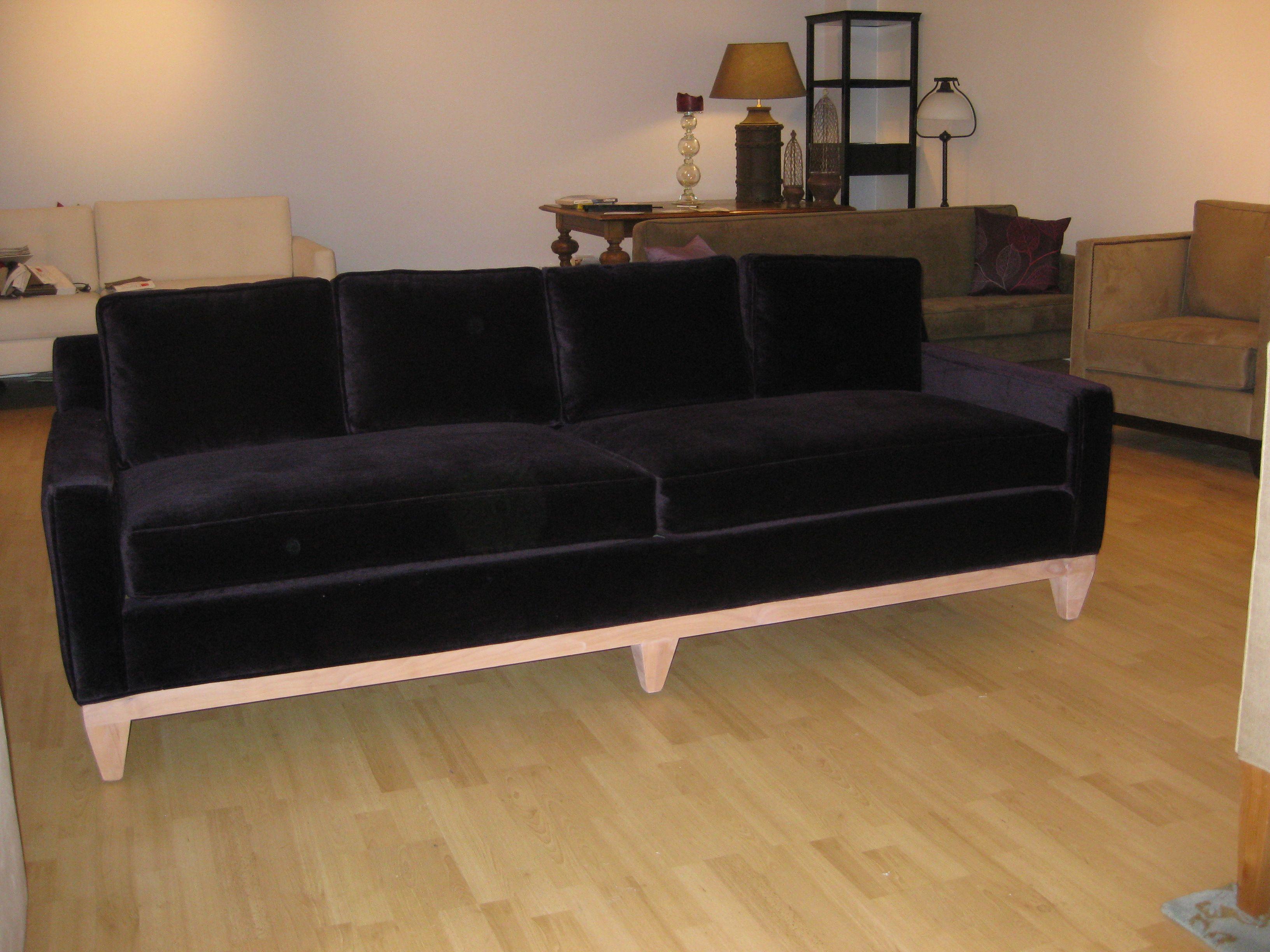 Black velvet couch Home design Pinterest