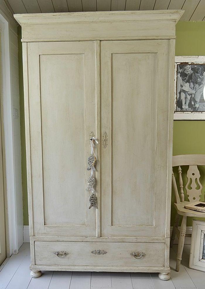 1001 id es pour relooker une armoire ancienne maison italie mobilier de salon relooking - Relooking vieux meubles ...