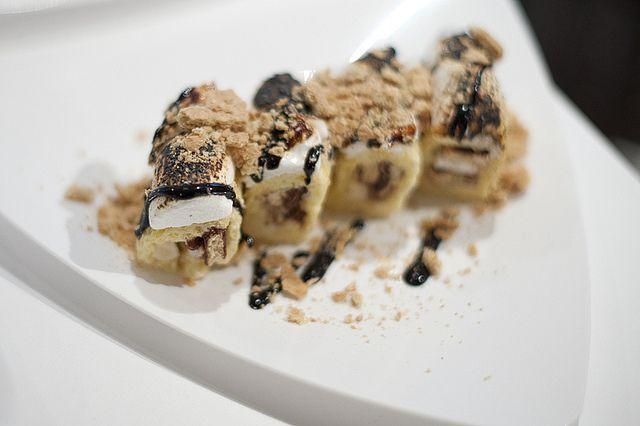 """{\""""html\"""":\""""Little Debbie dessert sushi - Banana S\'mores Roll\"""",\""""text\"""":\""""Little Debbie dessert sushi - Banana S\'mores Roll\""""}"""