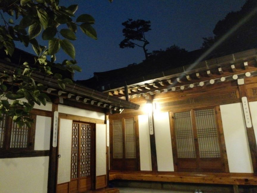Night of Hanok.. it's very cozy..