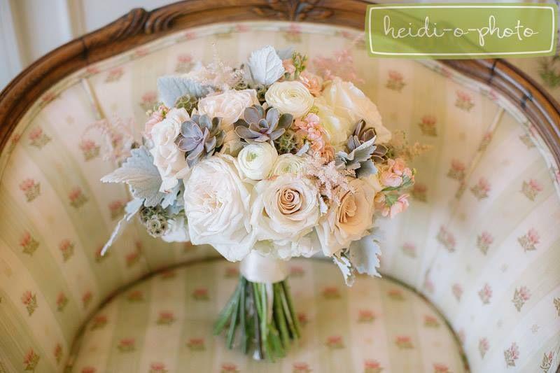 Pretty pastel bouquet// Meghan & Tony's Wedding// #DonnaMorgan bridesmaid dresses in Petal// Heidi-o-photo #weddinginspiration