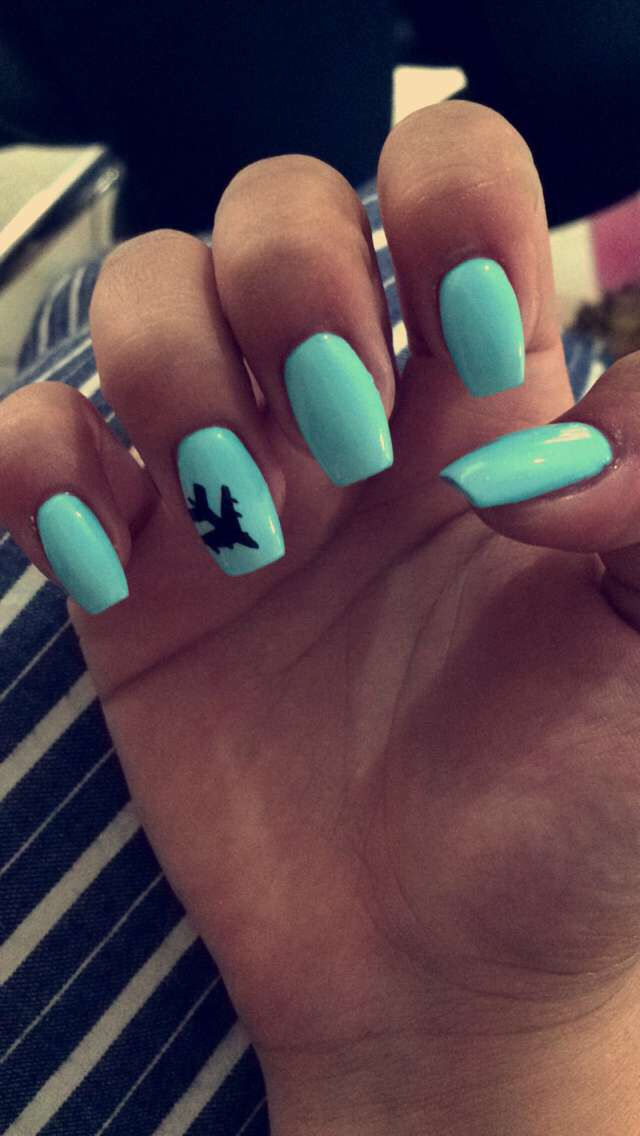 summer nails turquoise airplane