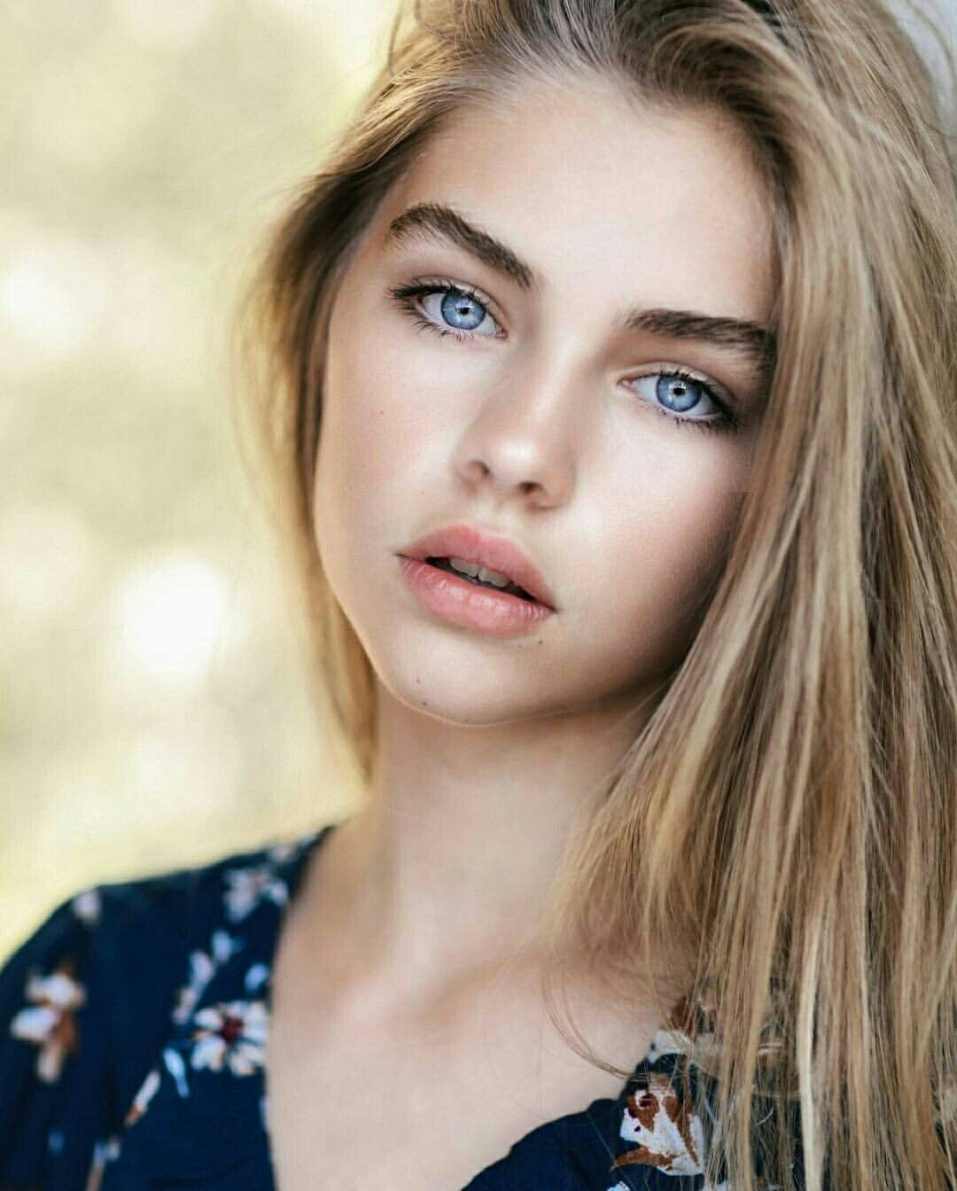 Jade Weber Blonde Hair Blue Eyes Blonde Hair Blue Eyes Blonde With Blue Eyes Pretty Blonde Girls