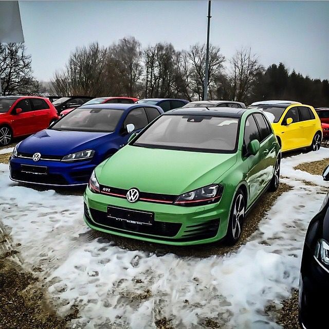 Cool Colors Wish We Had Those To Choose From Here In The States Vw Polo Gti Volkswagen Gti Car Volkswagen