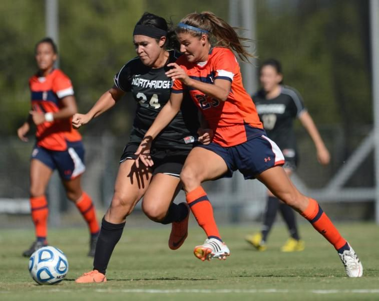 Titans Run Ends With Loss To Cal State Northridge Cal State Fullerton Athletics Athlete Northridge Running