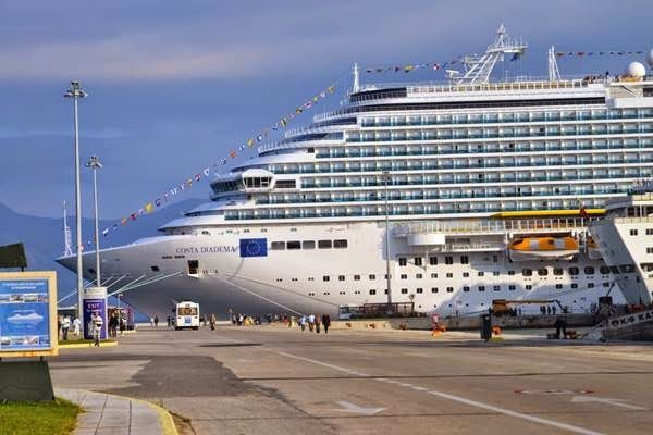 EPIRUS TV NEWS: Στην Κέρκυρα η... «Βασίλισσα της Μεσογείου» - Θερμ...