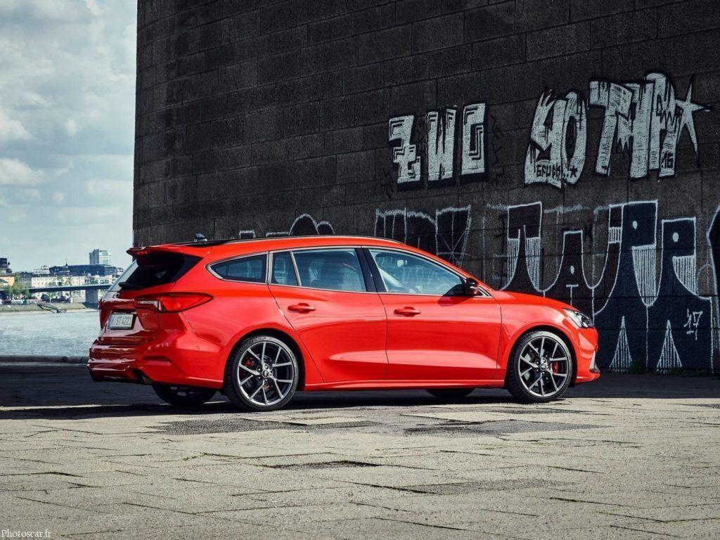 Ford Focus ST Wagon 2020 Avantages et espace pour toute