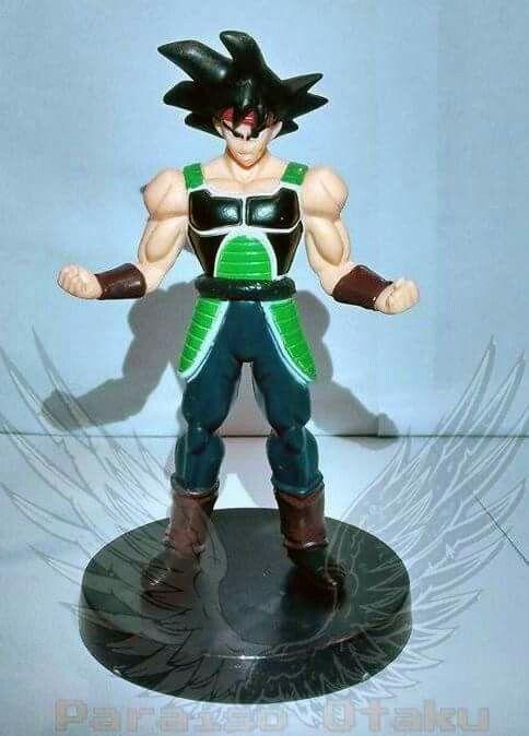 ~Boo Bardock o pai de Goku está por aqui também.