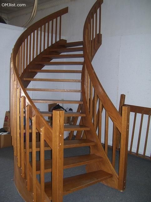Complete Oak Spiral Staircase Excellent Condition 9 Ft Rise | 9 Ft Spiral Staircase | Lowes | Toronto V3 | Lowes Com | Wood Treads | Basement Stairs