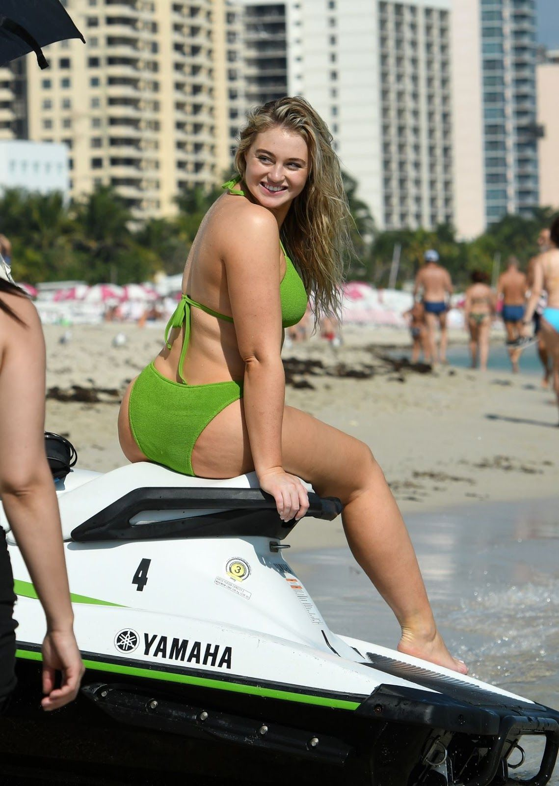 99c4abe2a3 Iskra Lawrence - Miami Beach photo shoot for Aerie - 11 26 2018 – Celeb  Central