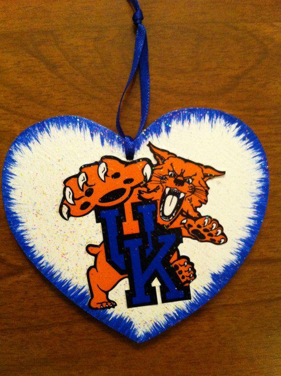 UK (University of Kentucky) Wildcats Christmas Ornament ...