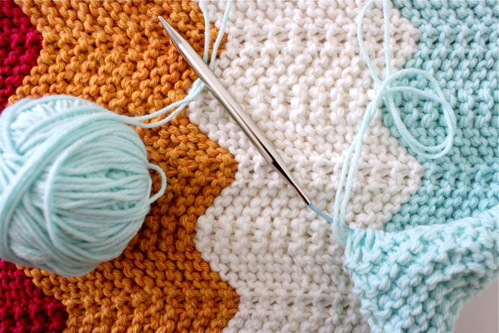 chevron knitted baby blanket | Crochet | Pinterest | Manta, Manta ...