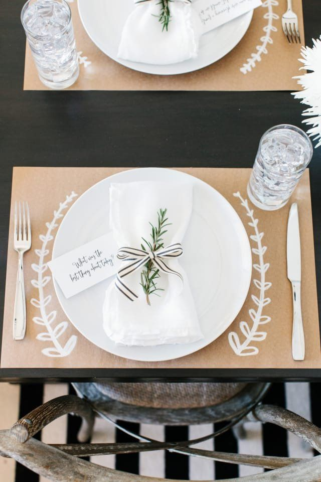 How to Dress Up Your Thanksgiving Table When You Don't Have Much Time