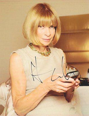 Anna Wintour Autographed Signed 8X10 Photo COA Vogue