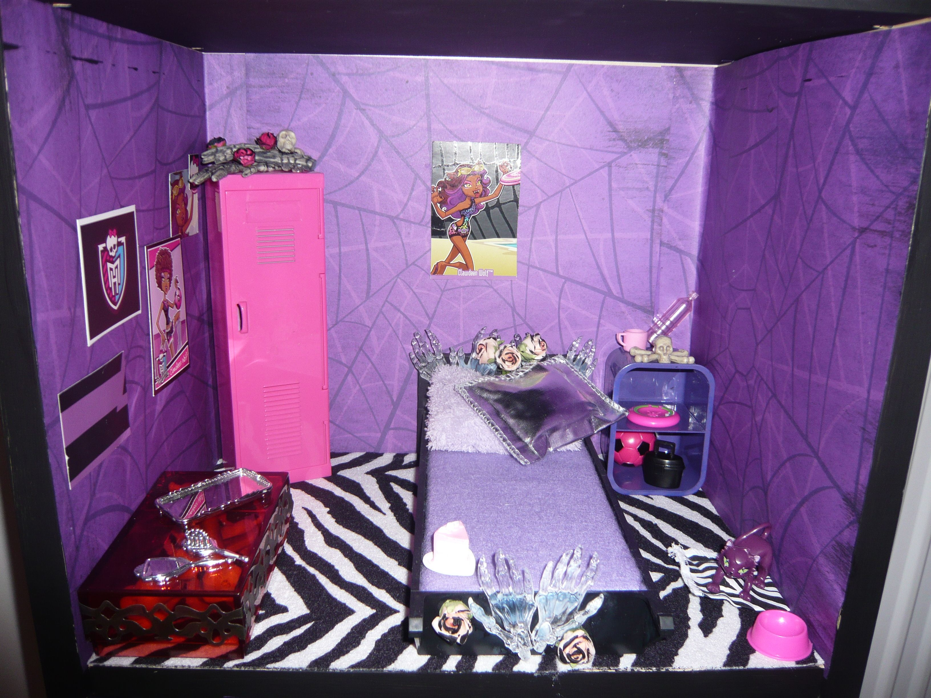 Girls Monster High Bedroom Ideas
