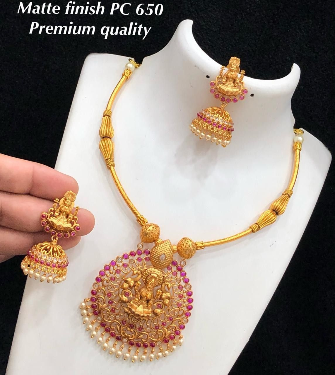 For details ping whatsapp number 09947840682 jewelry