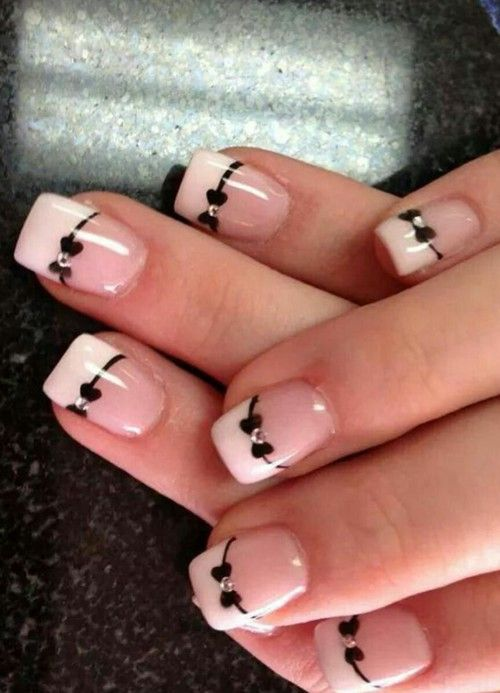 Cute bow nails!!