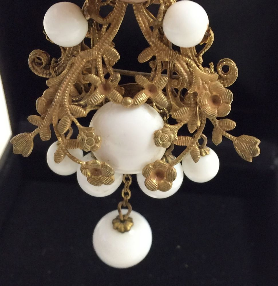 Miriam haskell gold tone 1950s brooch pin white glass beads floral miriam haskell gold tone 1950s brooch pin white glass beads floral 225 reviewsmspy